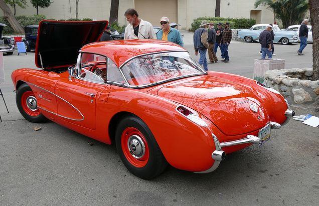 1957 Vette.JPG