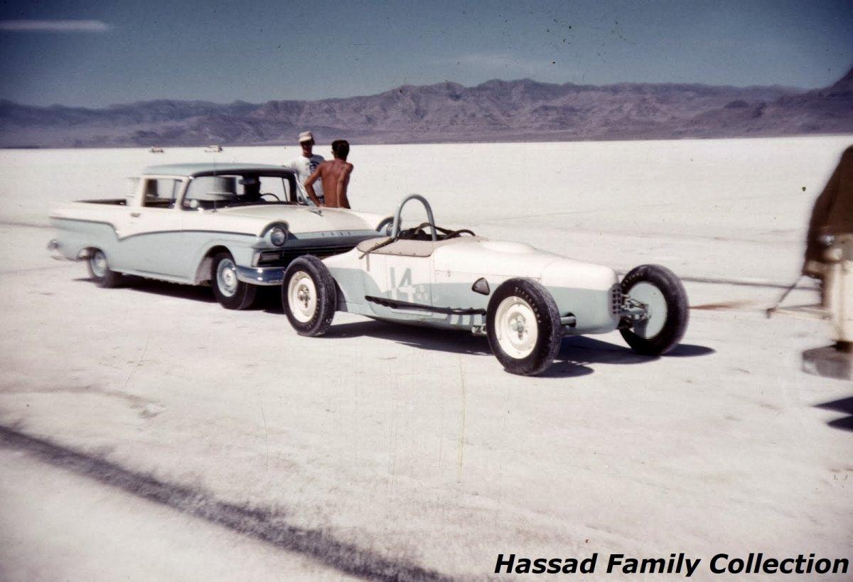 1958 - #14 John Cramer (Ardun powered) B Modified Roadster.jpg