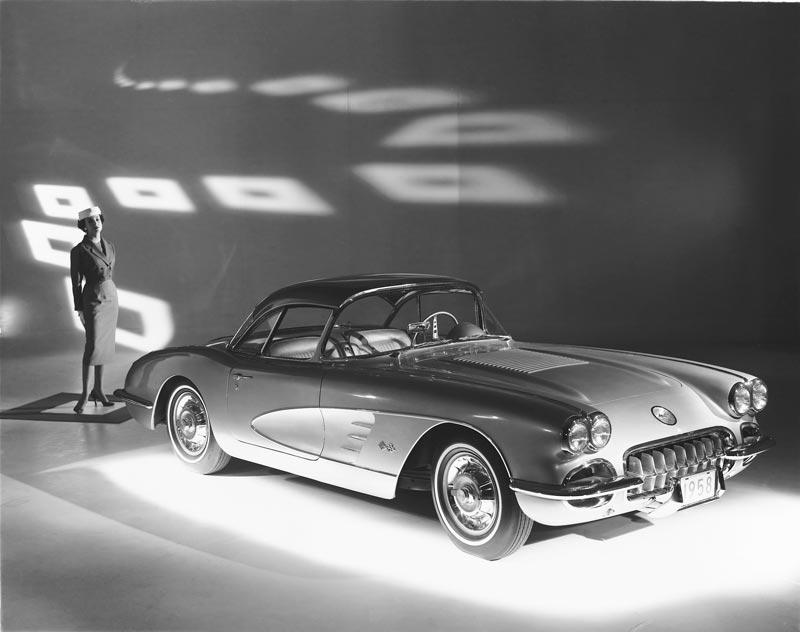 1958-Chevrolet-Corvette-C1-gm-photograph-2_a.jpg
