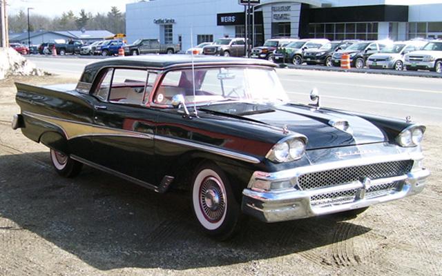 1958-Ford-Fairlane-Skyliner-Retractable.jpg