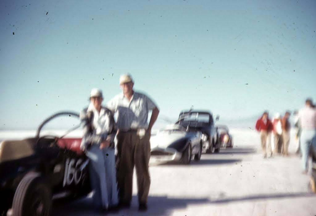 1958 - In Line for start at B'ville.jpg