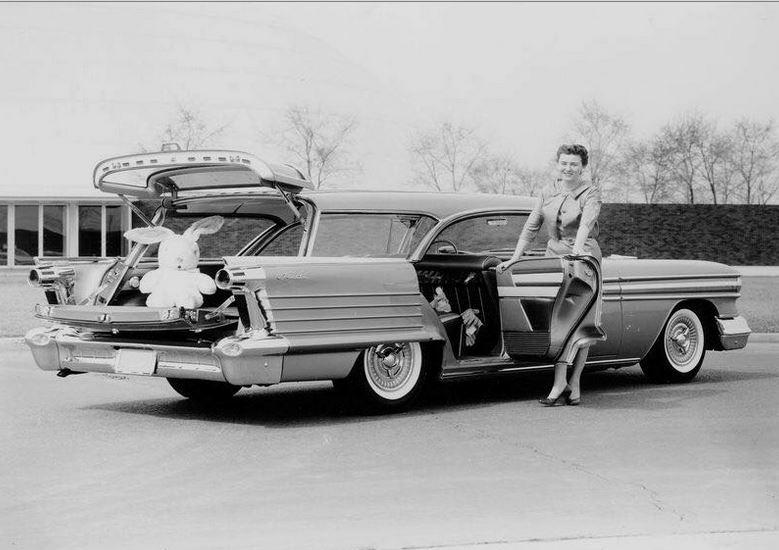 1958 olds fiesta wag.JPG