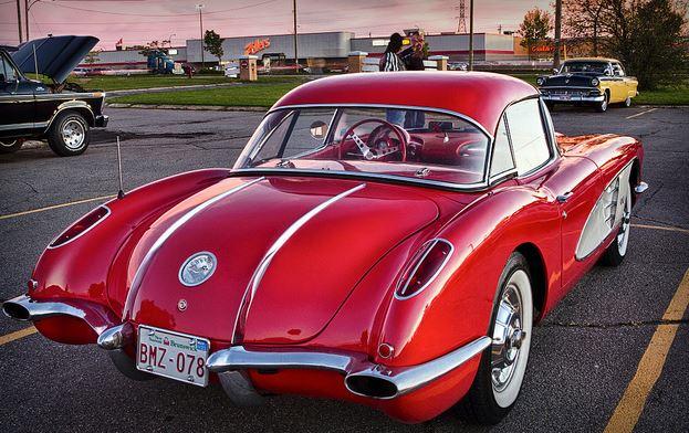 1958 Vette.JPG