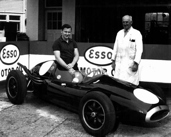 1959 Bruce with Dad.jpg