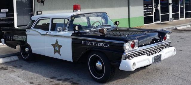 1959-for-galaxie-police-car-2.jpg