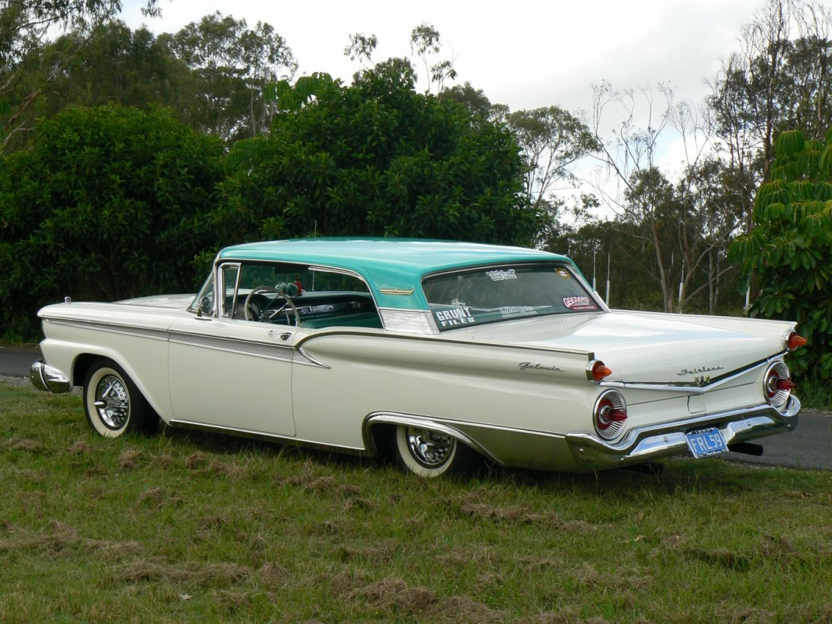 1959-ford-fairlane-500-galaxie.jpg