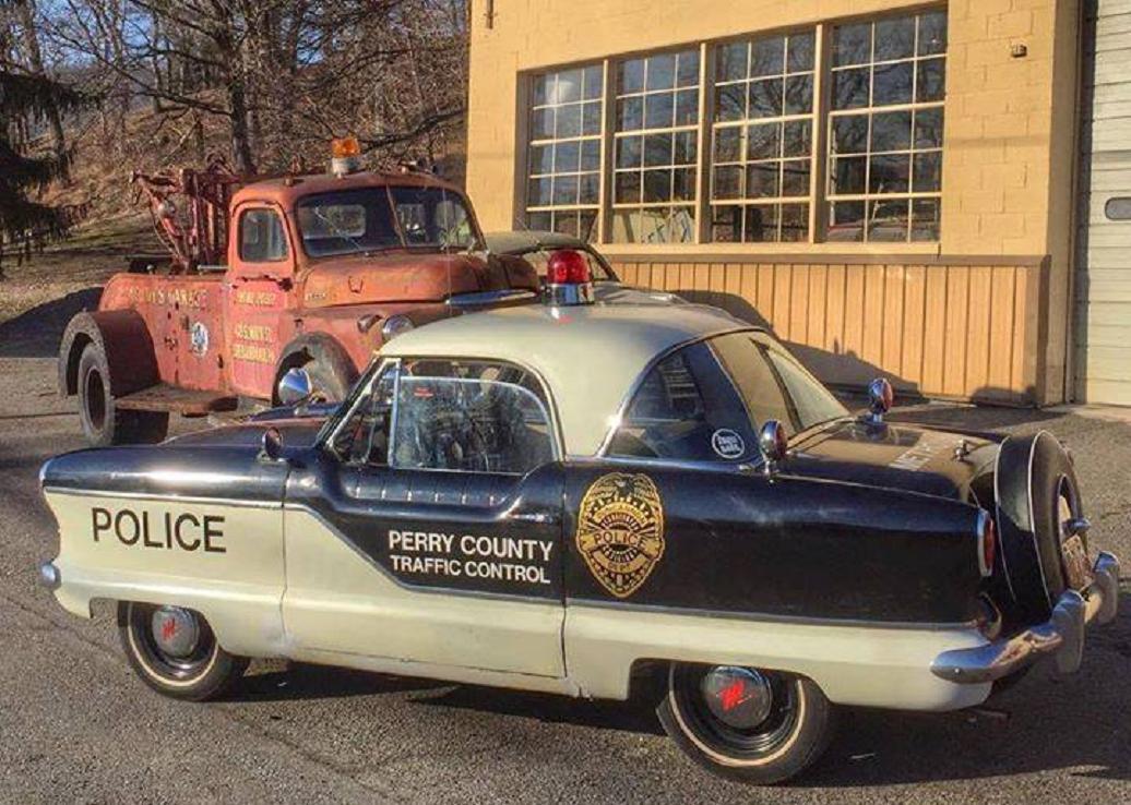 1959 police Nash Metropolitan cruiser.jpg