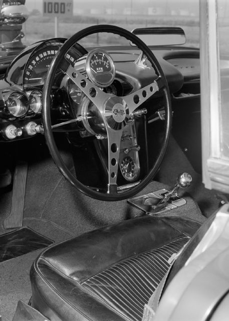 1961-chevrolet-corvette-interior.jpg