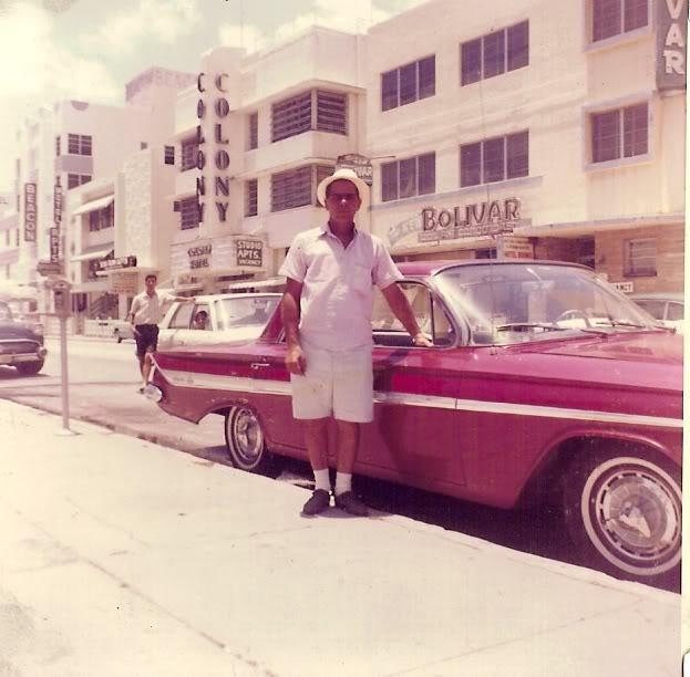 1961 Chevy Impala 4 door 62 SS caps.jpg