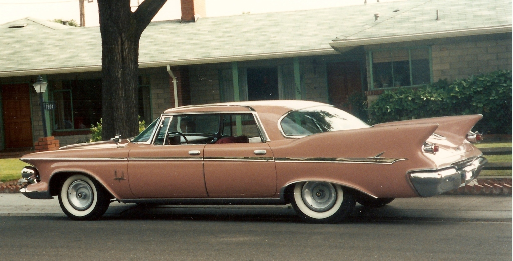 1961 Imperial.jpeg