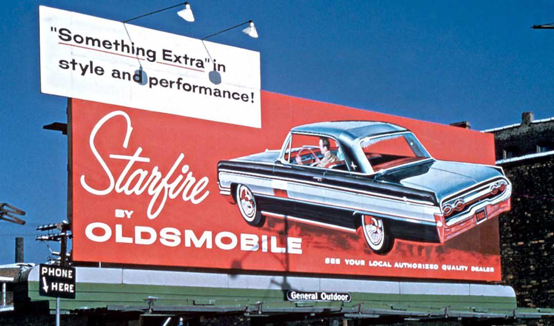 1962 billboard Olds Starfire Hardtop.jpg