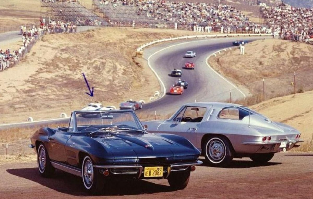 1962 Riverside. GM promotional photo.JPG