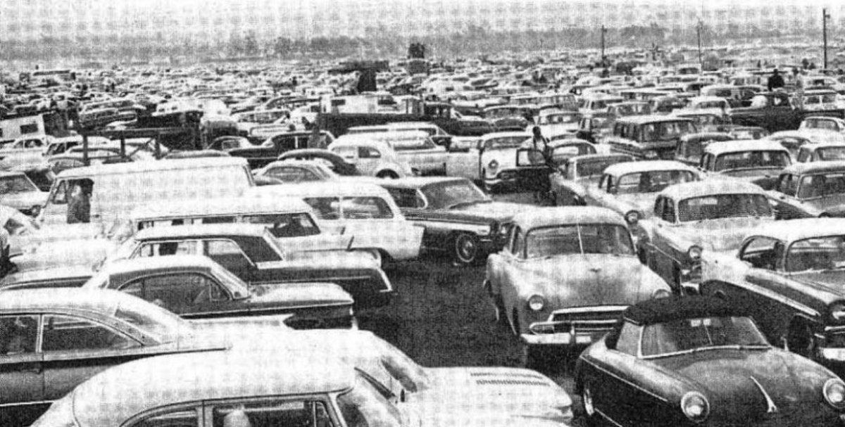 1962 Riverside parking lot.JPG