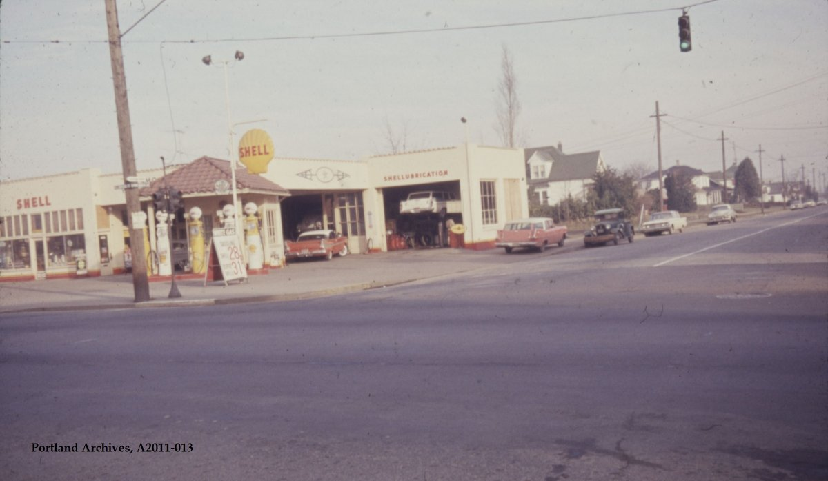 1963_shell-gas-station-on-n-lombard-st-at-n-portsmouth-ave-looking-north-vz-17-63_a2011-013.jpg