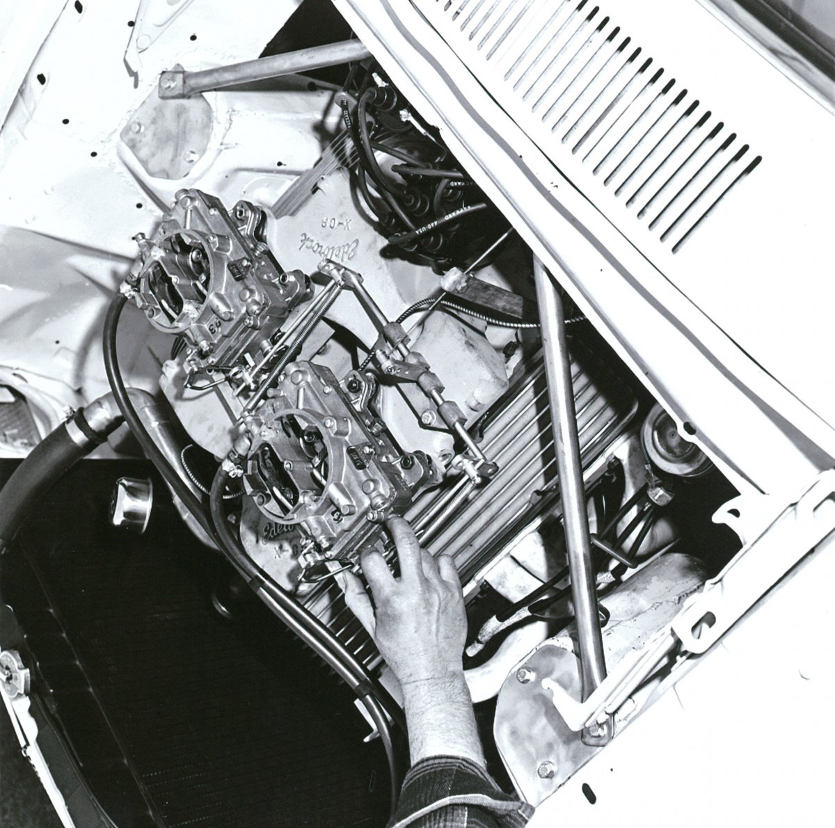 1964 AFX Comet-Hairy Canary Construction Photos0010.jpg