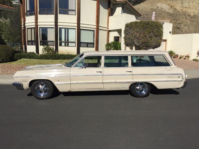 1964-chevrolet-impala-9-passenger-station-wagon-2.JPG