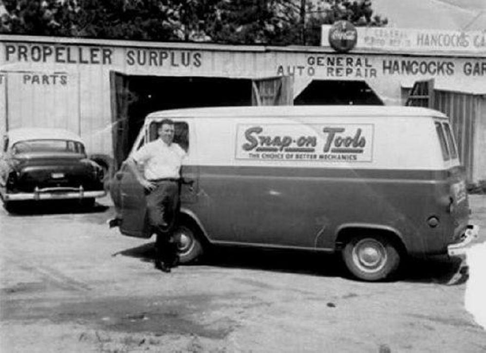 1964 delivery truck Snap-on Tools.jpg