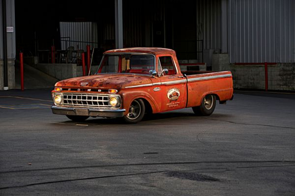 1965-ford-f-100-front-three-quarter-lights-on.jpg.cf.jpg