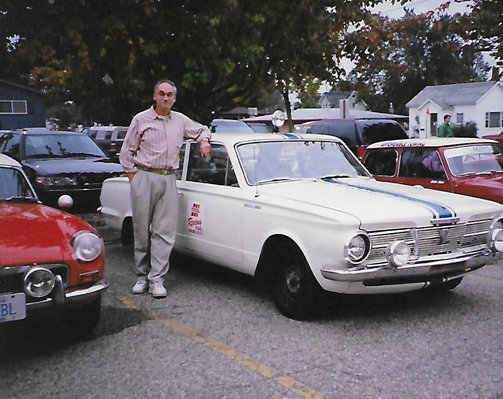 1965 Valiant.jpg