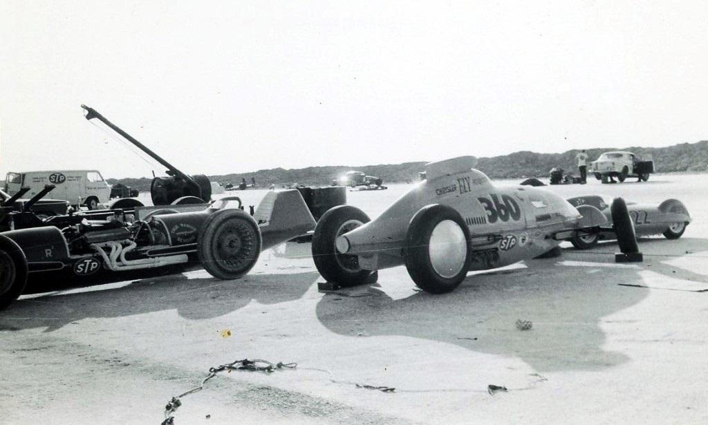 1966 - #1210, #360 & #222 B&W (by Rudy Perez).jpg
