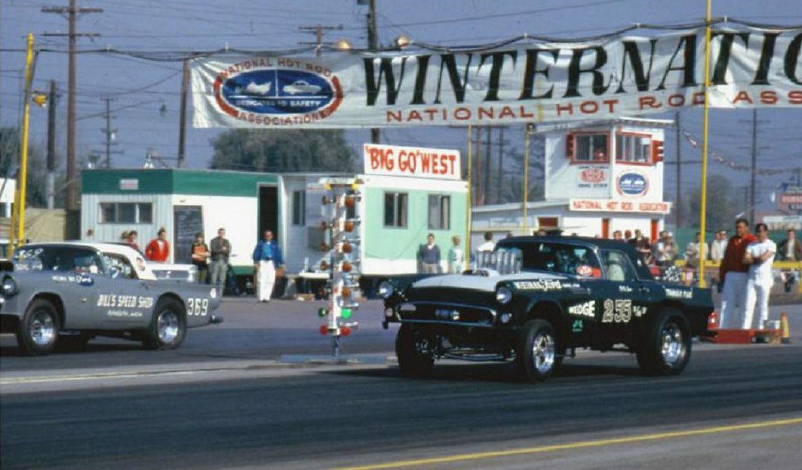 1966 Winternationals 55 T-Bird duel.jpg