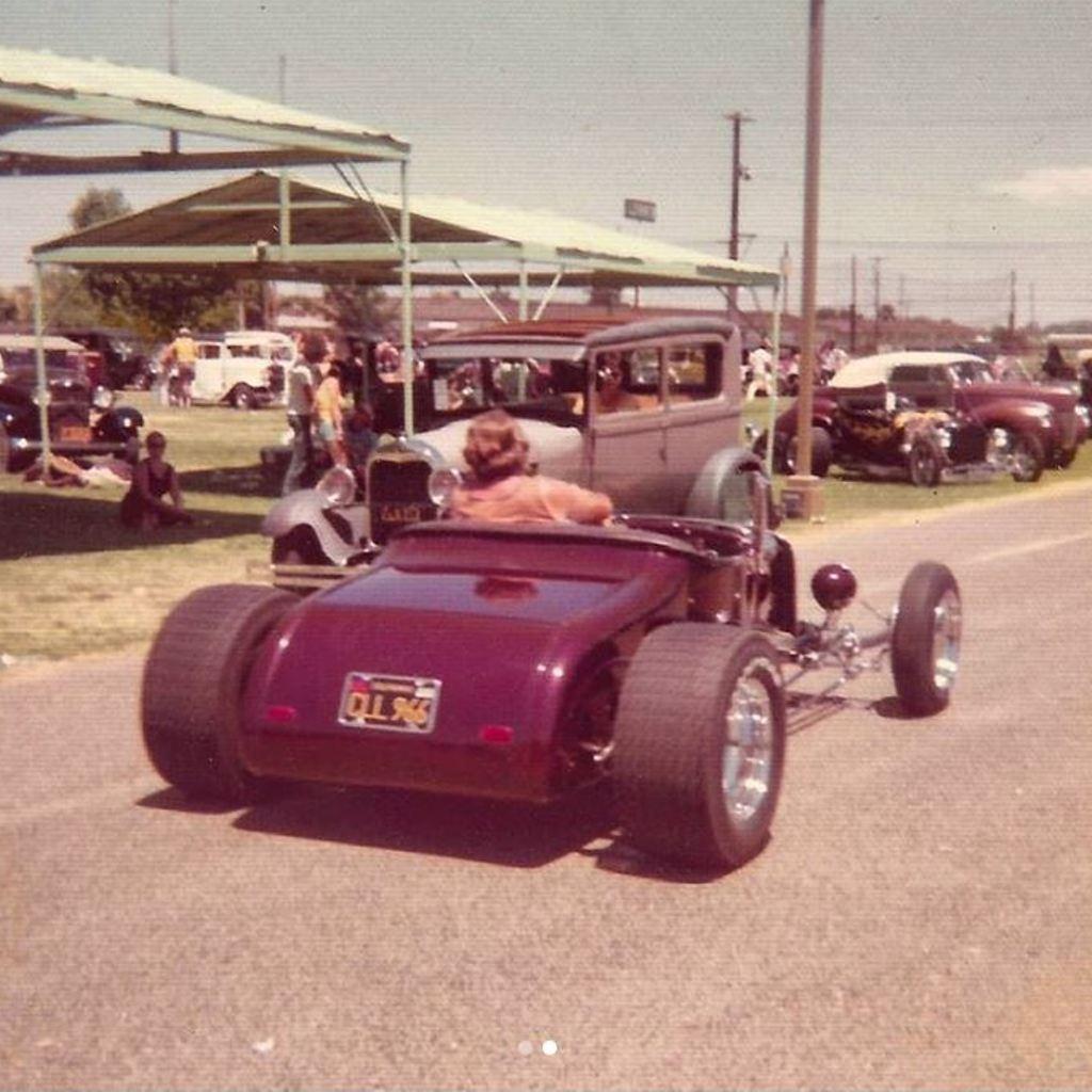 (1975) Dick Falk's (Dick Williams' 1953 AMBR) '27 T Roadster - rear.jpg