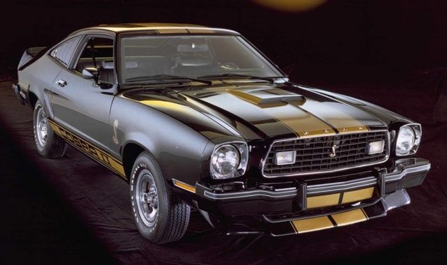 1975-ford-mustang-hatchback-pic-6378-640x480.jpeg