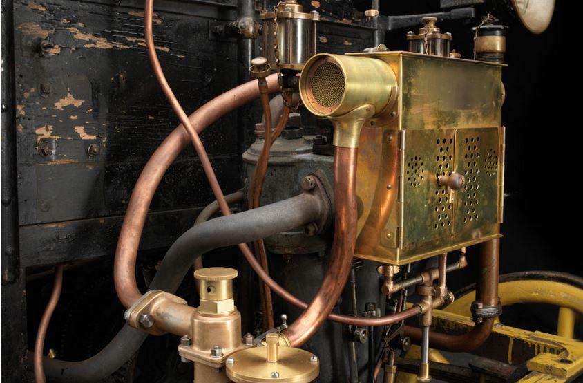1engine 1896 panhard levassor 1.JPG