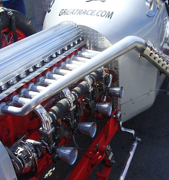 1engine10 1936 Buick straight eight engine i.JPG