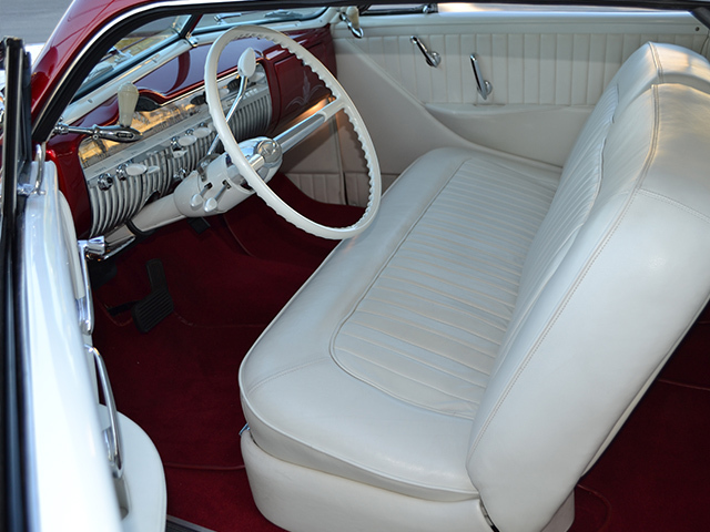 1Steve's auto Restauration5 plush.jpg