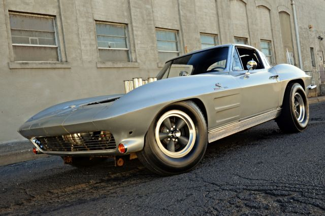 2-1963-corvette-front-view.jpg
