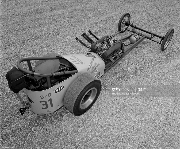 2  Chico Breschini BDragster powered by a fuel-injected small block Chevrolet engine  PIPES.JPG