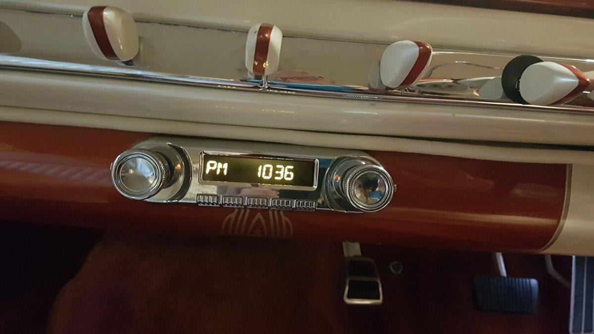 2 Hudson radio.jpg