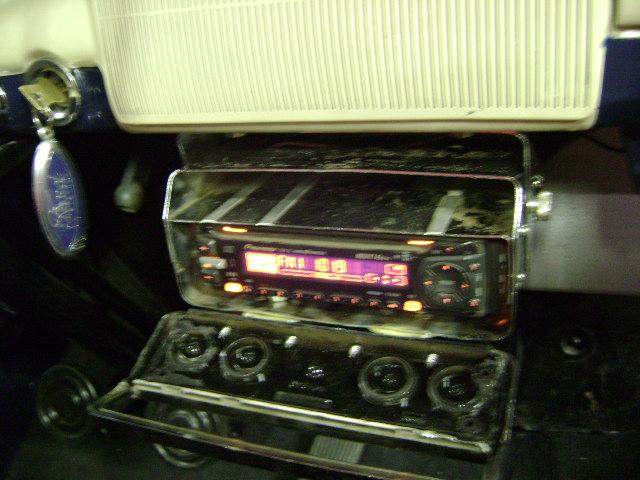 2011 06 04 radio 2.JPG