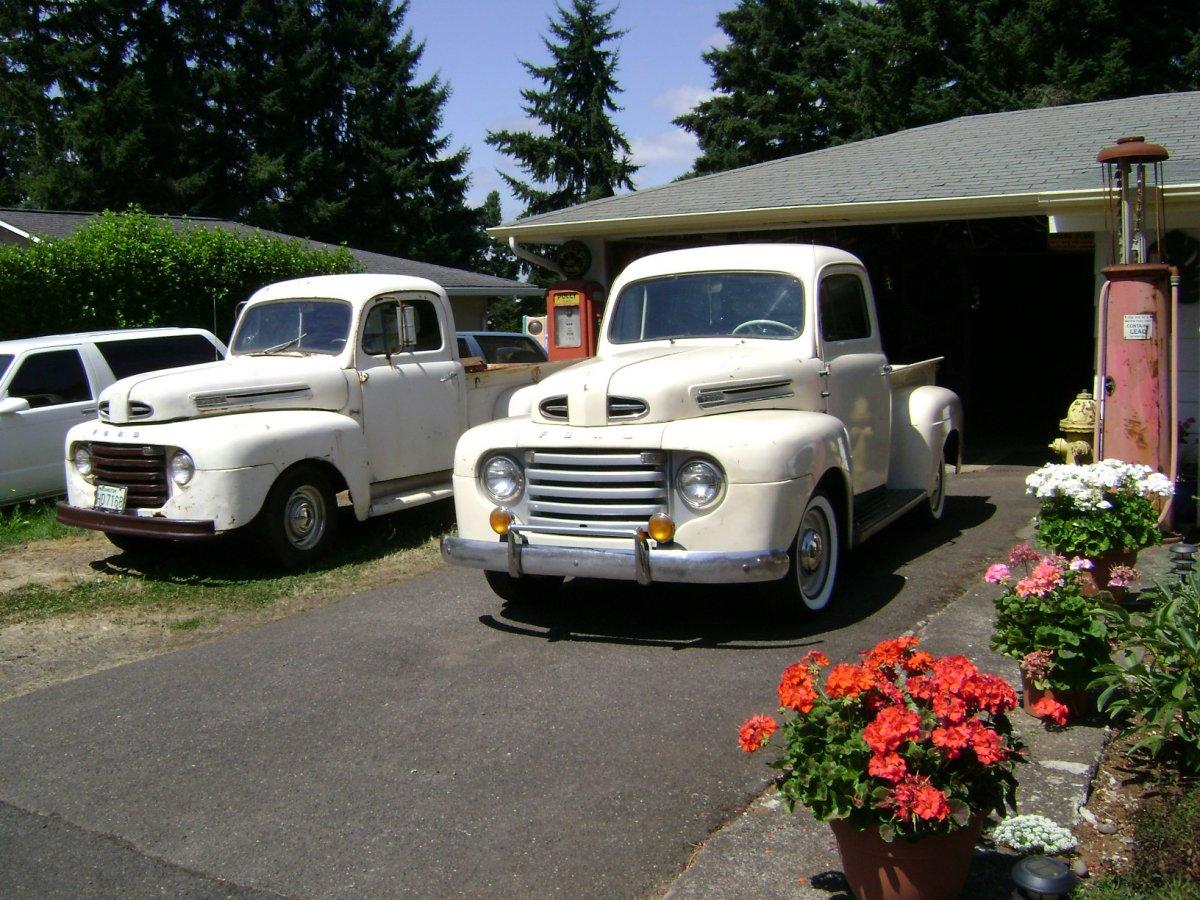 2011 08 07 a both trucks big.JPG