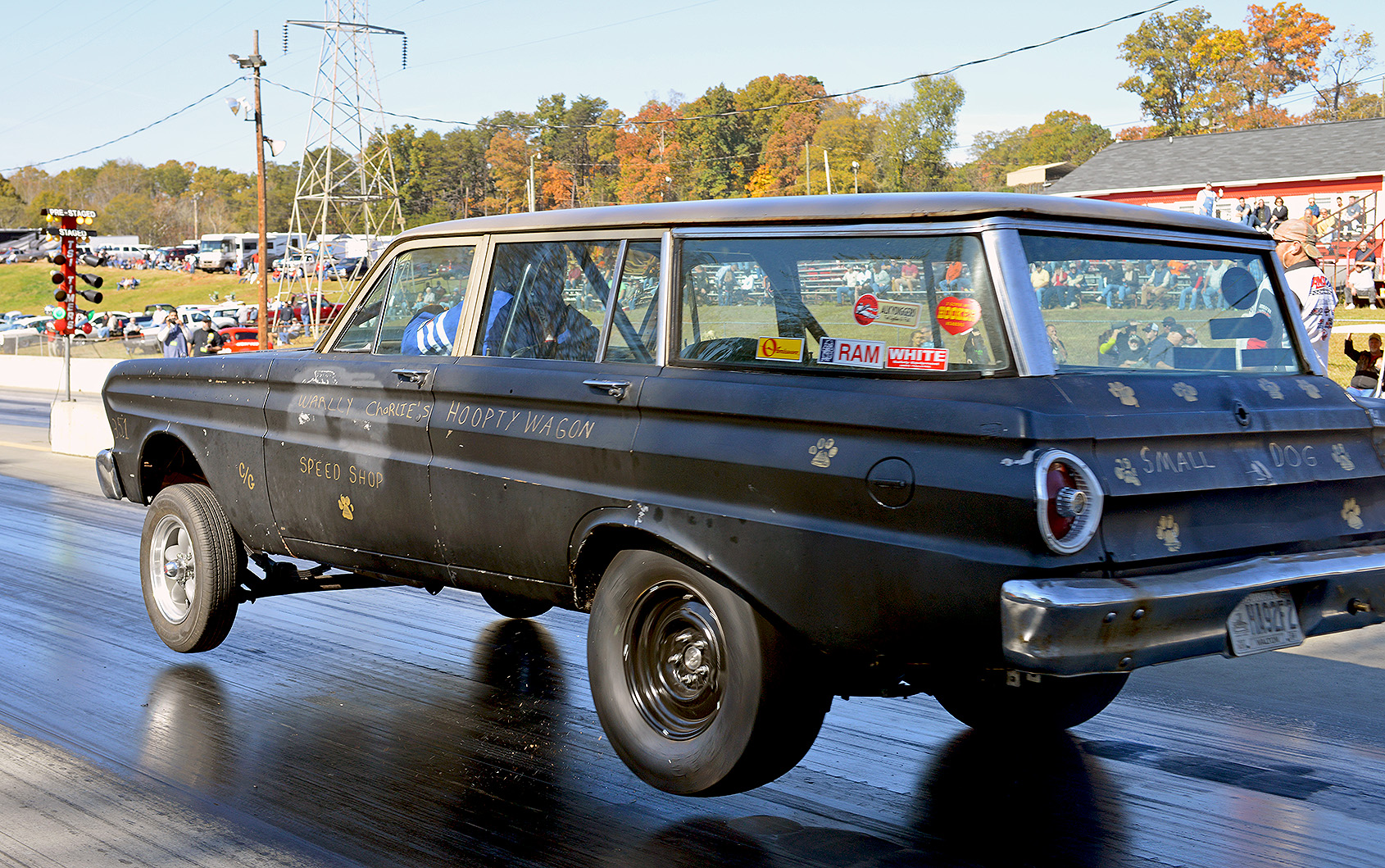 2014-11-8 Gasser_218 The Amazing levitating Hoopty Wagon_Fl.jpg