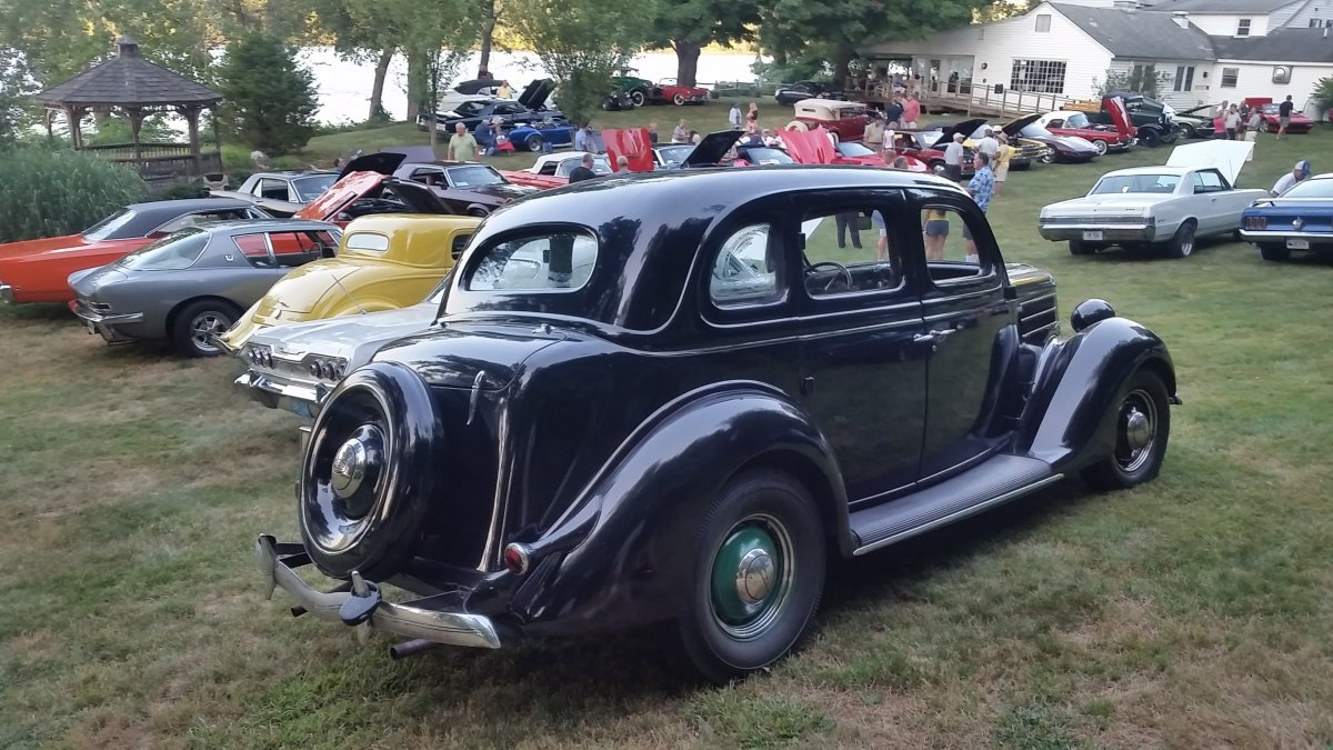 1936 Ford Deluxe Fordor Touring Sedan Driver | The H.A.M.B.