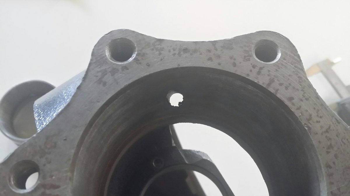 Banjo Rear End Identification : Technical ford torque tube seal install question