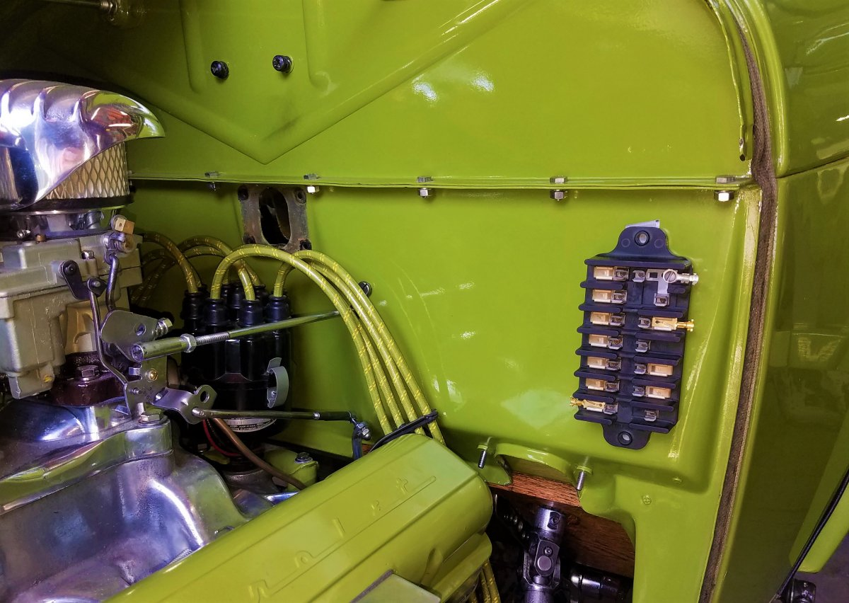 hot rods - where to mount my battery and fuse panel in a model a tudor? |  the h.a.m.b.  the jalopy journal