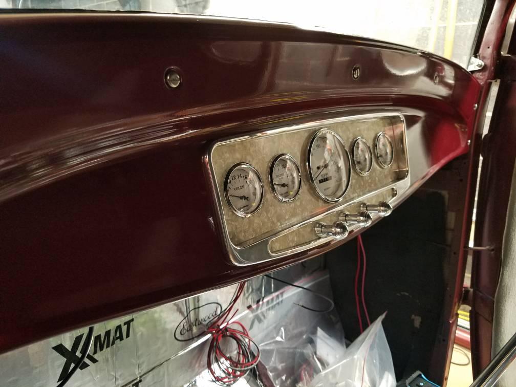 32 Ford Dashboard