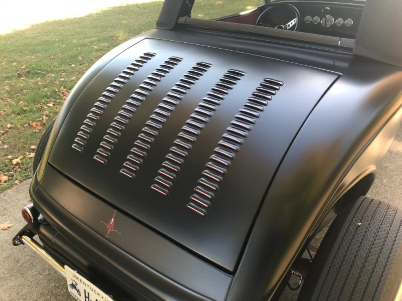 2019 34 Roadster Deck Lid.JPG