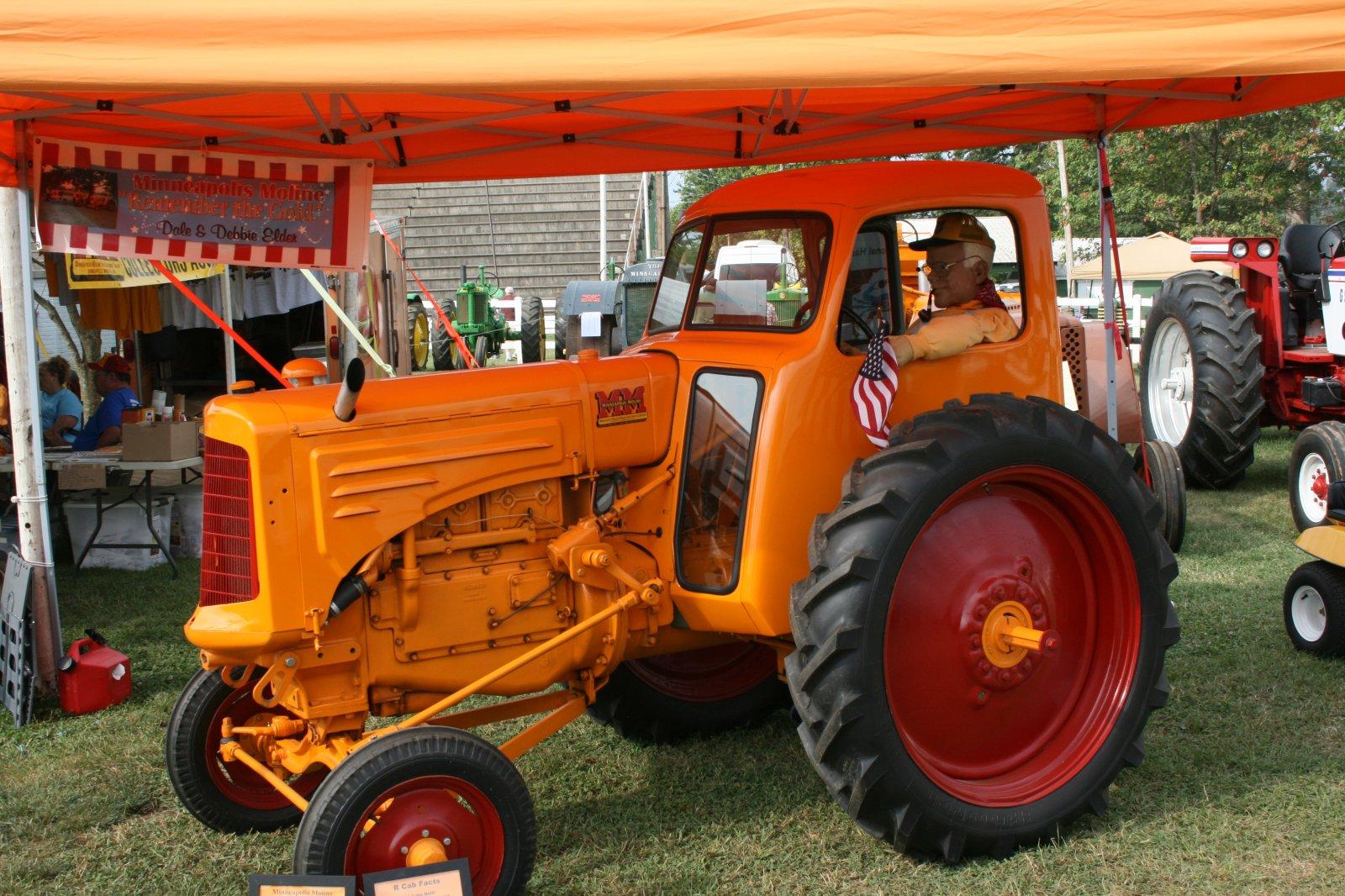 2021 Berryville Tractor Show 134.JPG