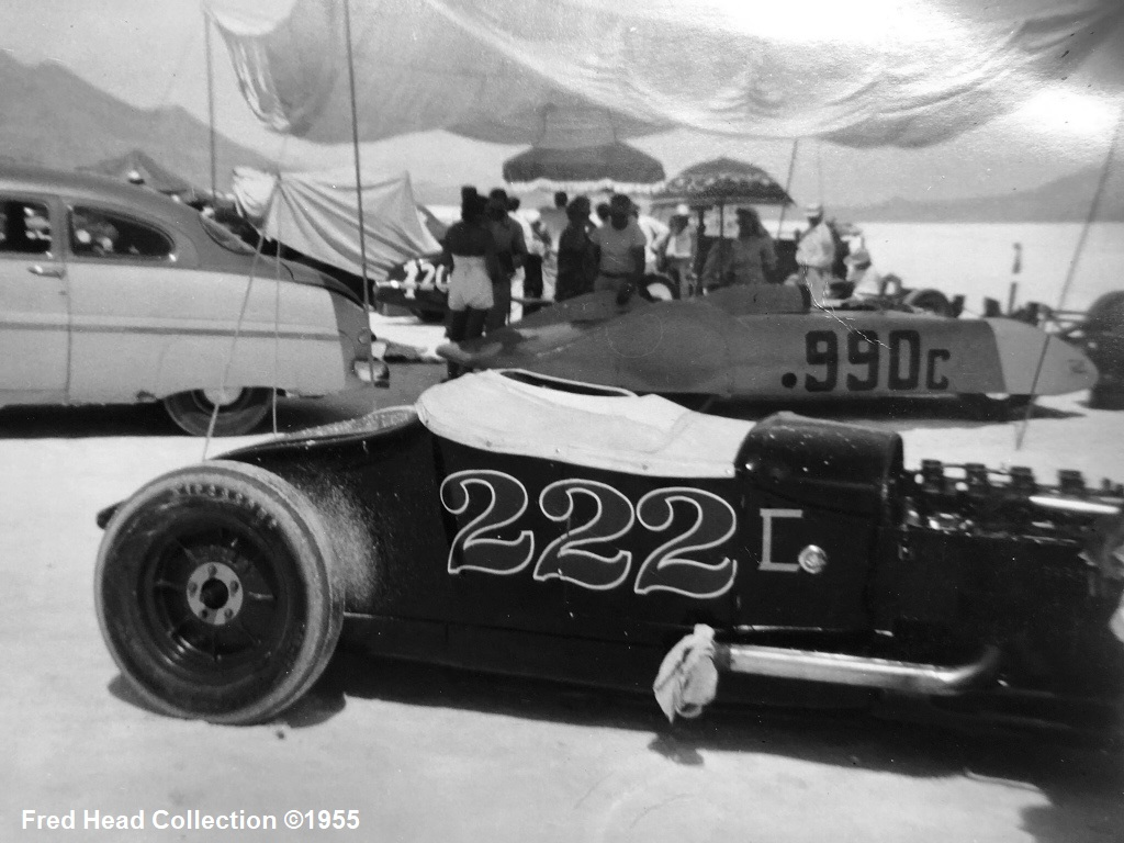 #222C & #990C at Bonneville 1955 (by Fred Head).jpg