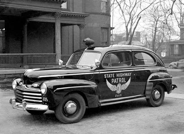 2348bb104a4285ec5b82baa43f760eff--ford-police-police-cars.jpg