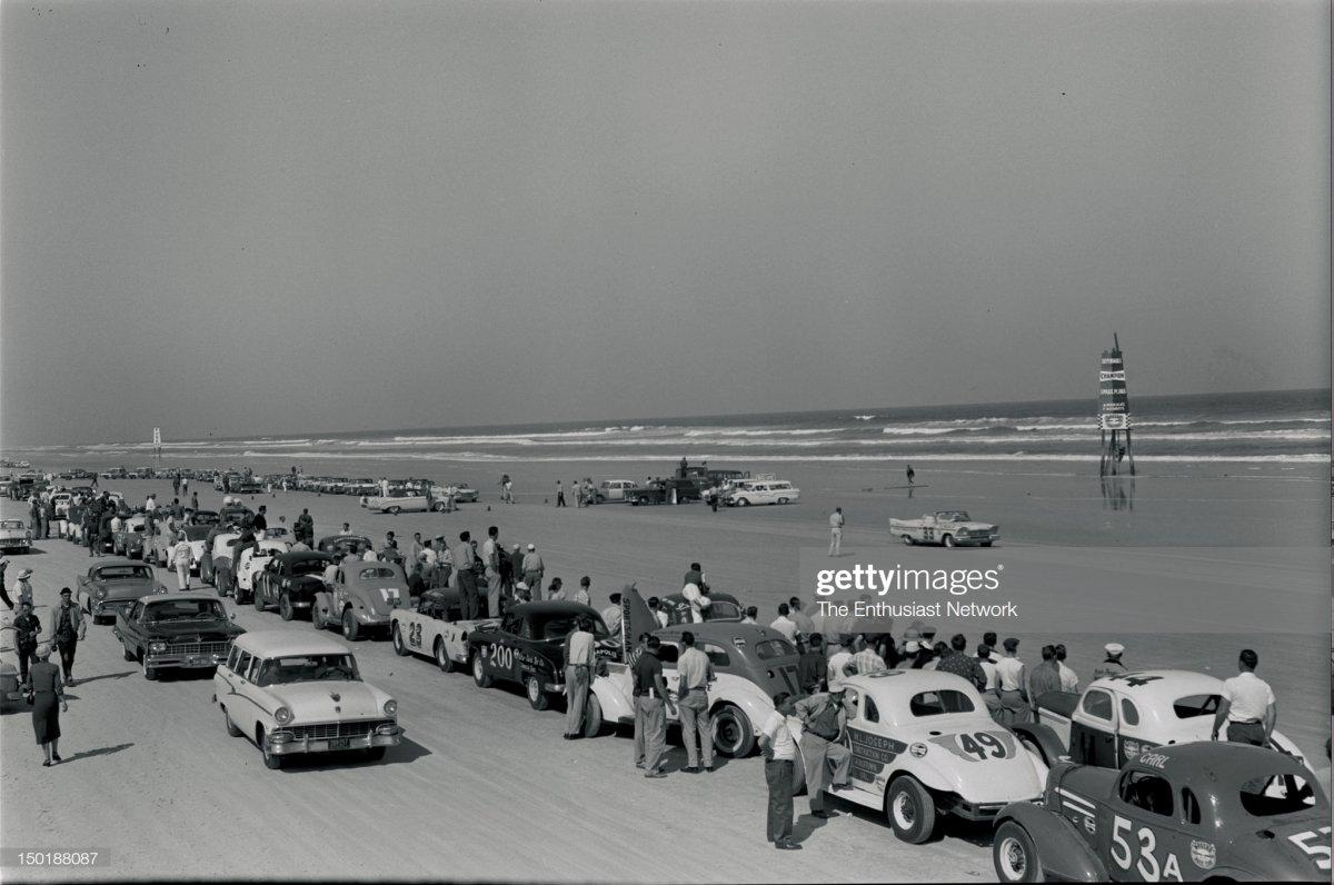 24 957 NASCAR Daytona Flying Mile and Acceleration Runs. 2.jpg
