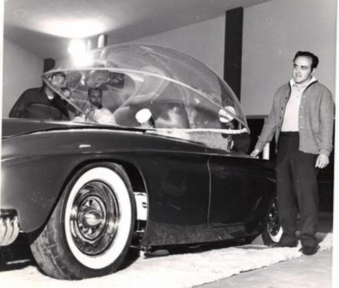 24 george barris with darryl starbird predicta bubble.JPG