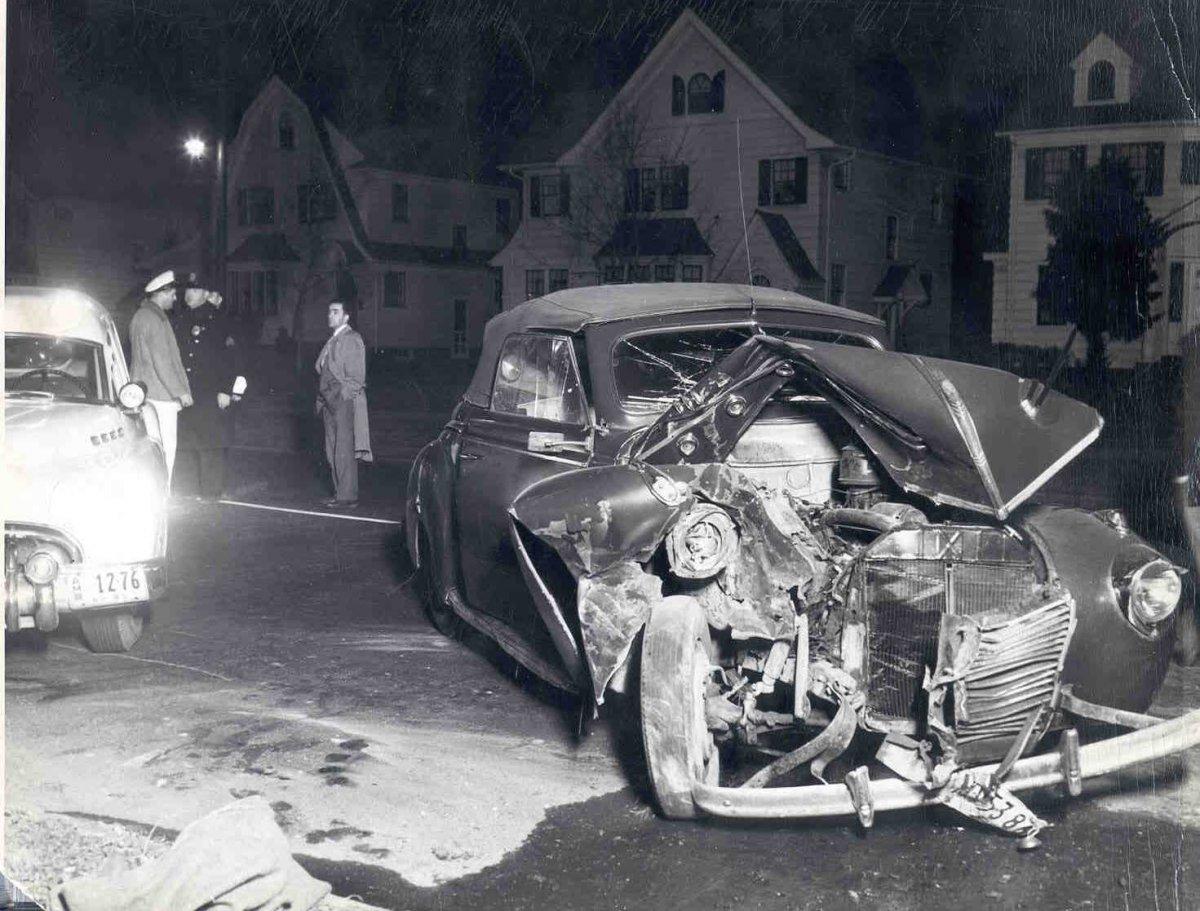 258-Crashedcar.jpg
