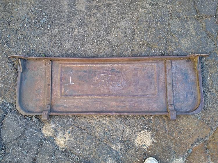 26-27 pickup box 8.1.jpg