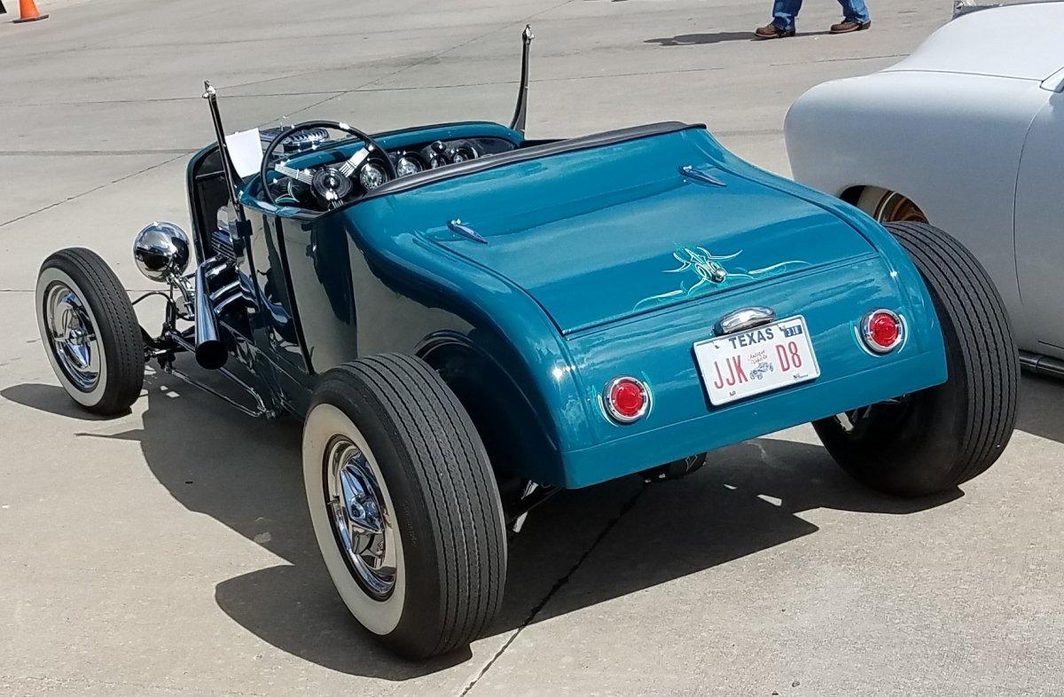 26 Roadster rear.jpg