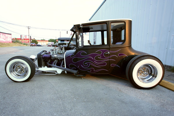 26Tallcoupe HOT ROD.jpg